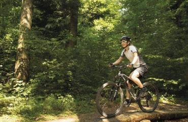 Basic-Bike-Fahrtechnik-Kurs-2-6-by-Swiss-Bike-Tours