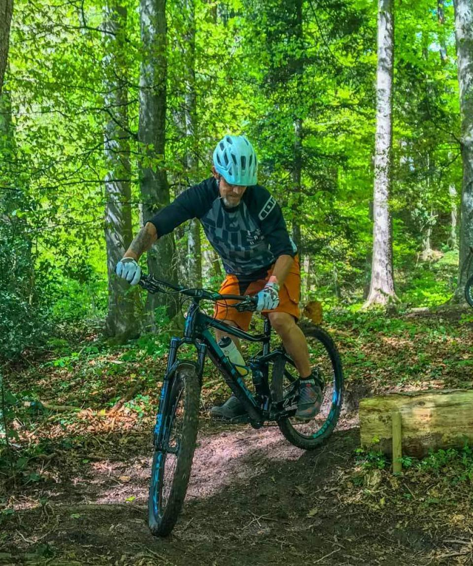 Intermediate-2-by-Swiss-Bike-Tours