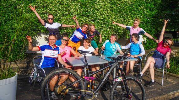 Ladies-Singletrail-Classes-2-2-by-Swiss-Bike-Tours