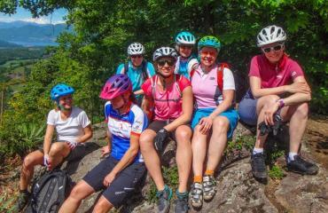 Ladies-Singletrail-Classes-3-1-by-Swiss-Bike-Tours