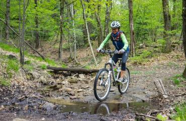 Ladies-Singletrail-Classes-3-4-by-Swiss-Bike-Tours