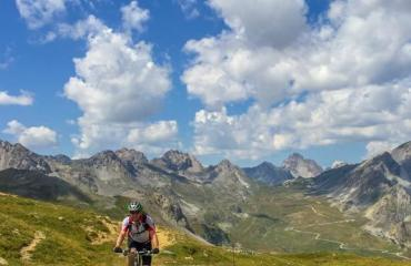 Vale-Maira-2-3-by-Swiss-Bike-Tours