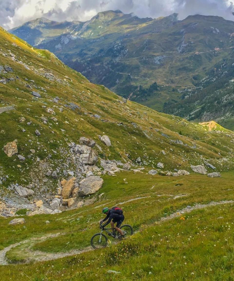 Vale-Maira-3-by-Swiss-Bike-Tours