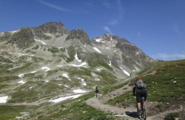 Wallis-Engadin-Tessin-3-2-by-Swiss-Bike-Tours