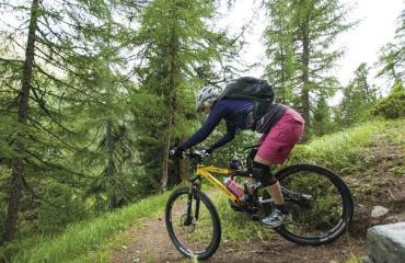 Wallis-Engadin-Tessin-3-5-by-Swiss-Bike-Tours